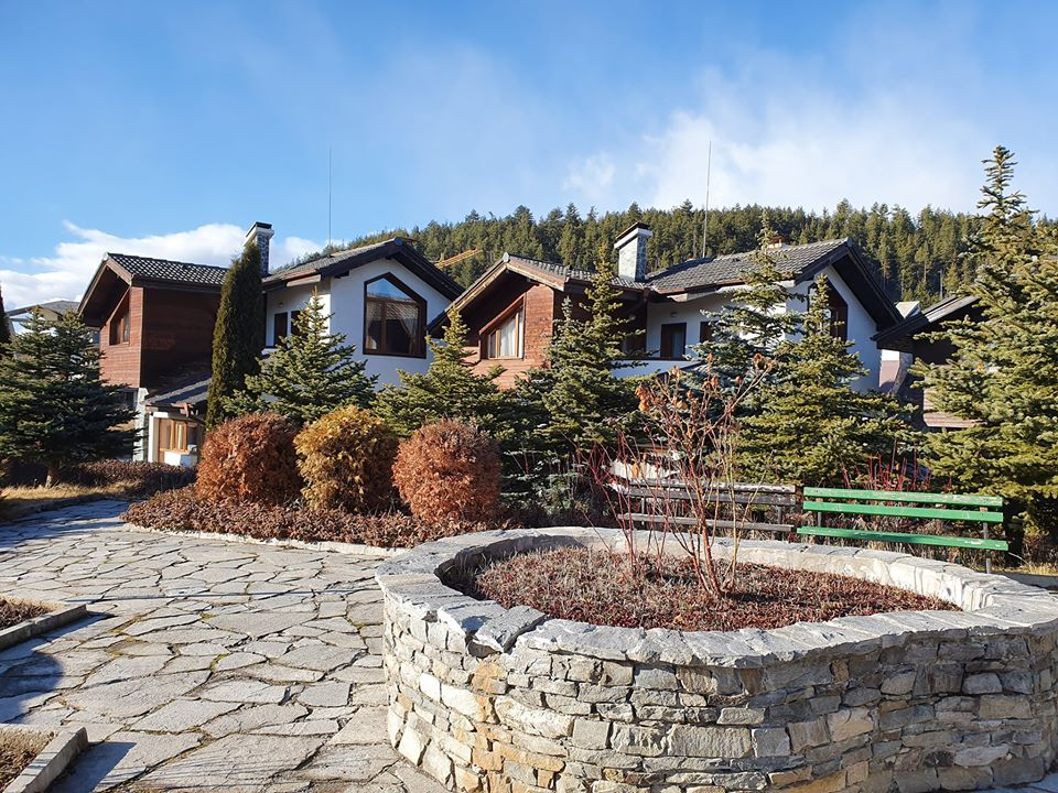 bansko area: furnished two bedroom chalet in redenka holiday club