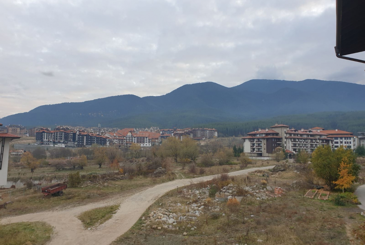 cozy studio with beautiful views for sale in bansko