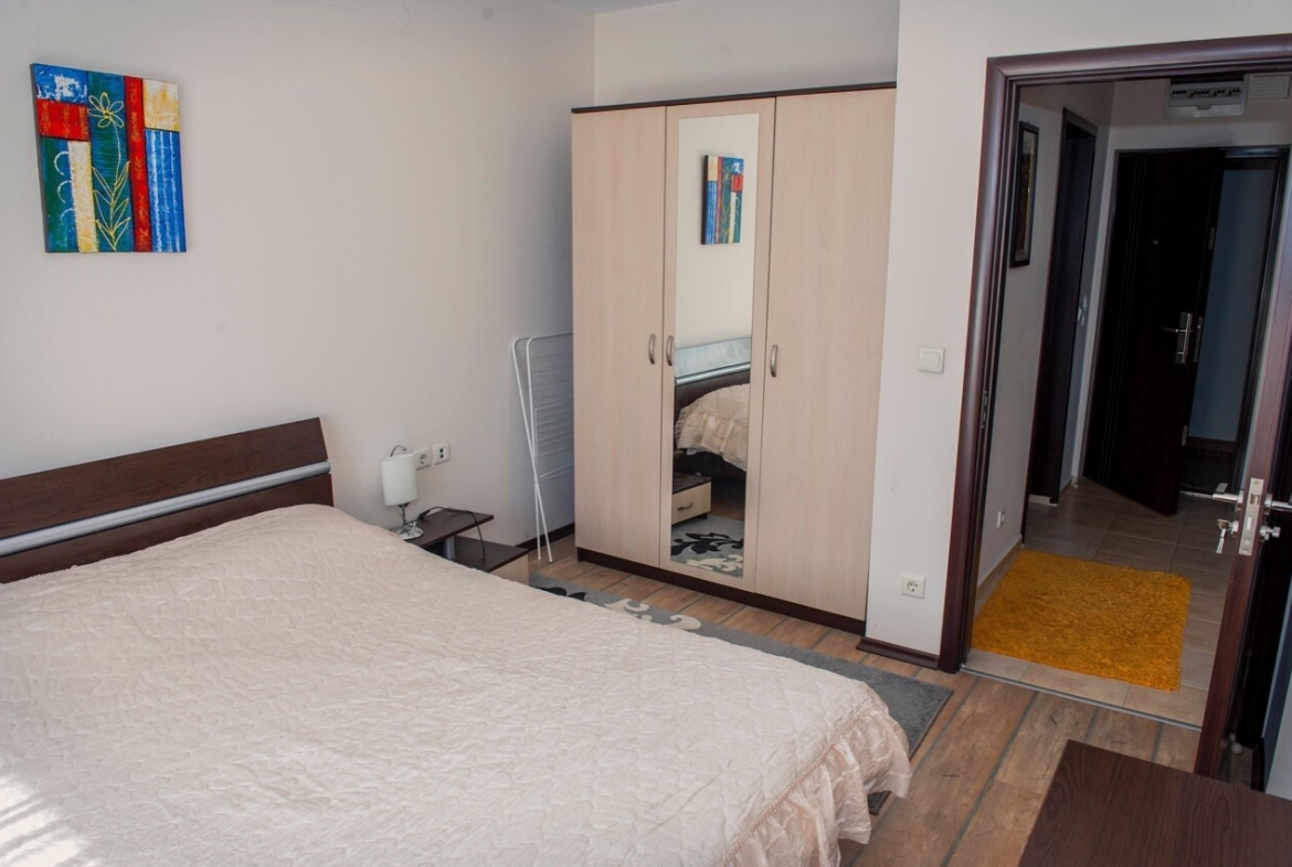 south spacious one bedroom apartment in alpine lodge