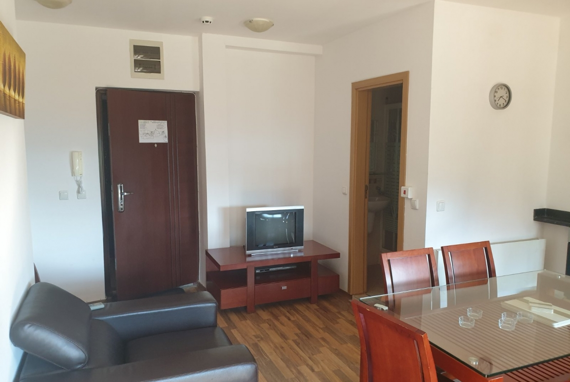 comfortably furnished two-bedroom apartment in bansko