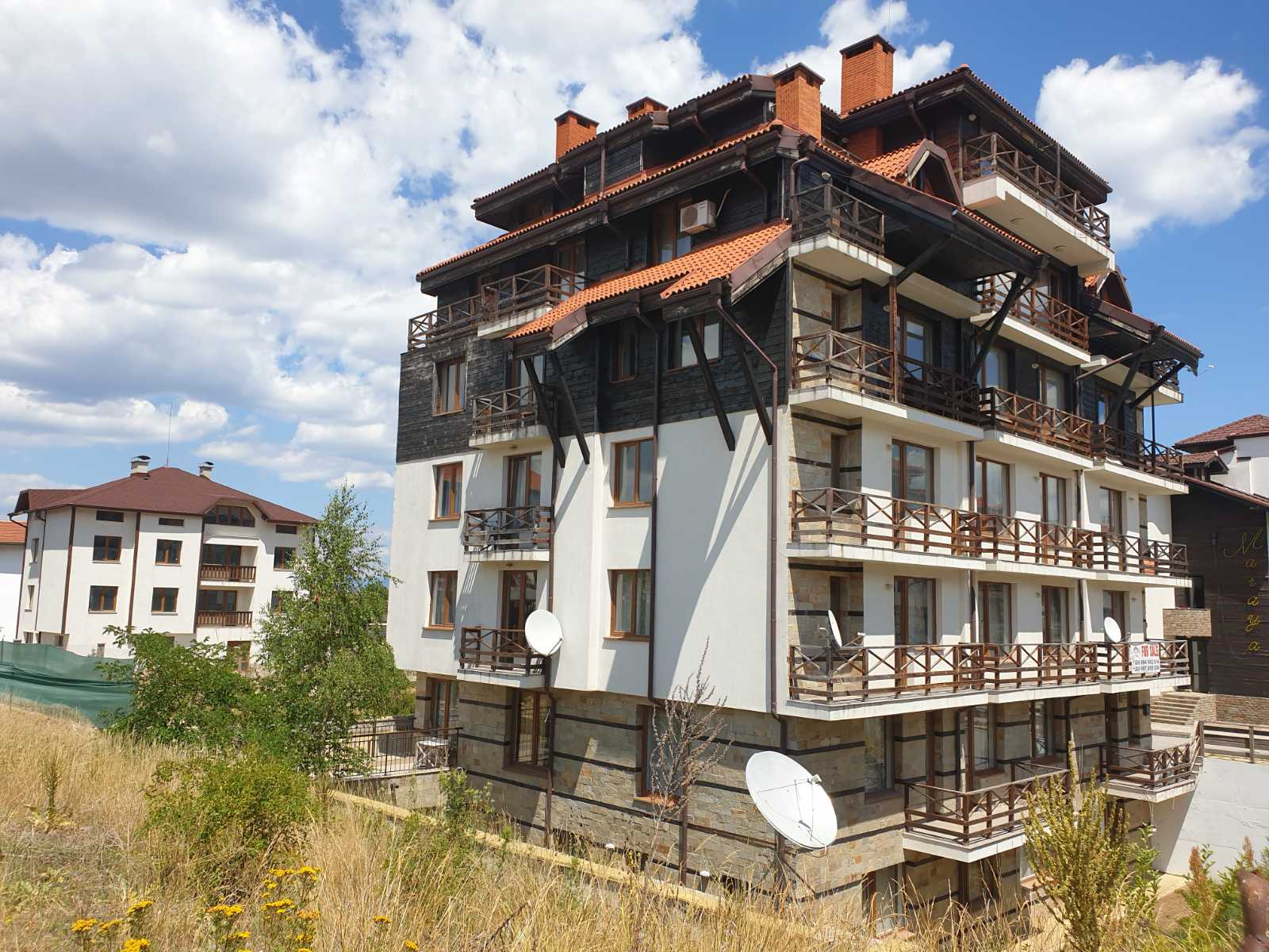 artistic studio for sale in a residential building