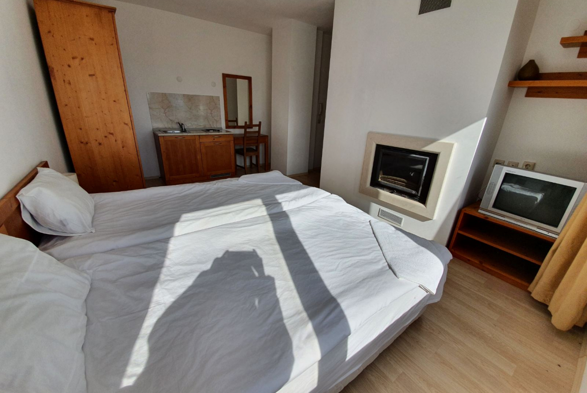studio with fireplace  for sale, saint john hill