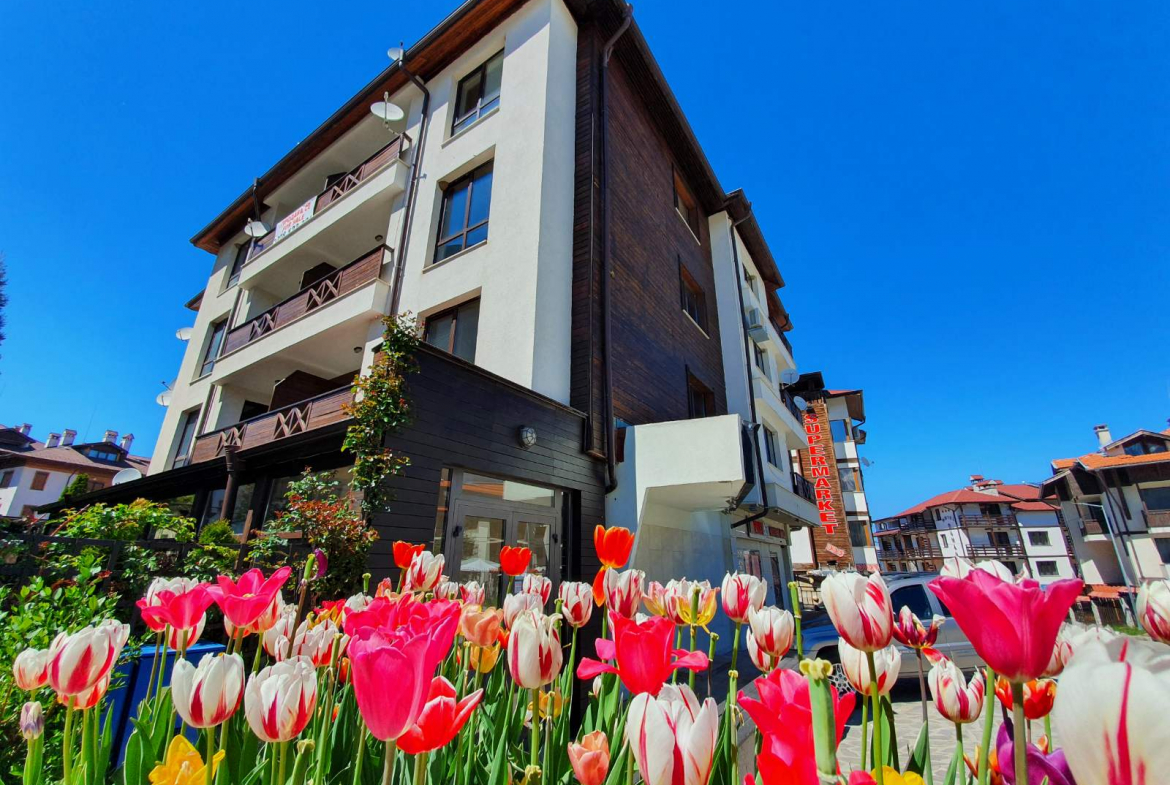 large two-bedroom apartment for sale next to the ski lift